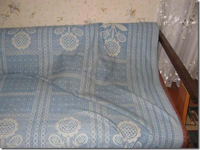 Невидимый кот на диване